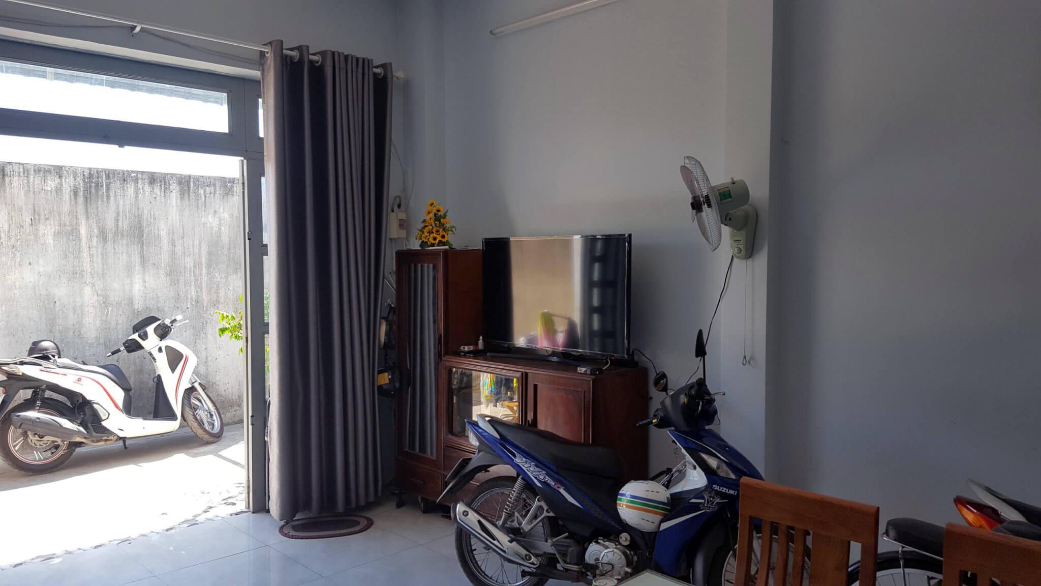 Phòng khách rộng rãi