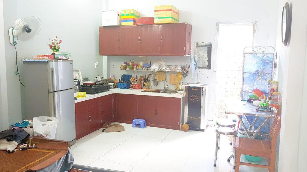 Bán nhà Q12 nhà bếp
